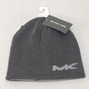 NWT Micheal Kors Gray Reversible Beanie Hat